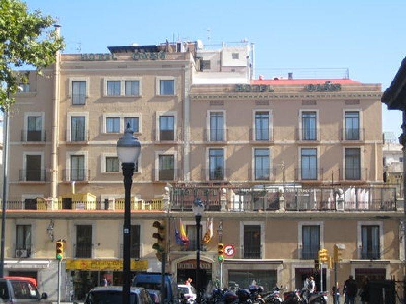hotel oasis barcelona. Black Bedroom Furniture Sets. Home Design Ideas
